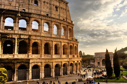 Colosseum - Italy Facts for kids