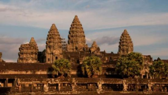 Angkor Wat - Cambodia Facts for kids