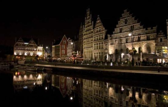 Belgium at night - Belgium facts for kids