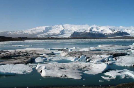 Jökulsárlón lake - Iceland facts for kids