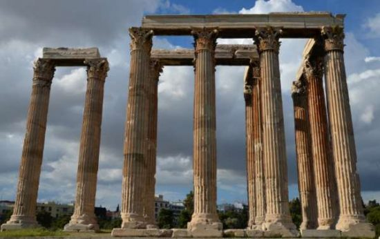 Temple of Olympian Zeus in Athens - Athens facts for kids