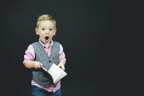 bilinguil kid